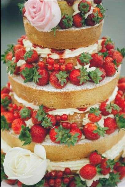 Designing your perfect wedding cake