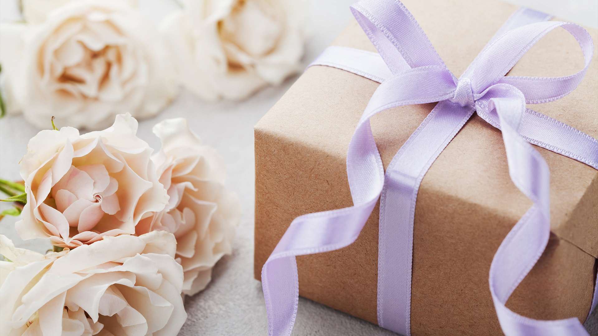 What do you buy as a wedding gift?